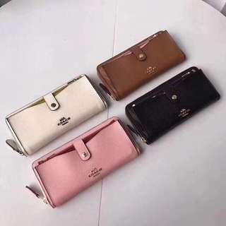 COACH 25967 新款女士長夾 內置可拆零錢卡包 風格獨特 設計新穎 內置12個卡位 附購證