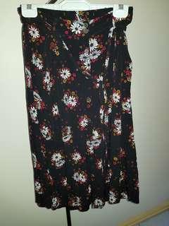 Sportsgirl Size 8 Black Flower Dress