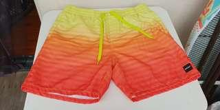 Oakey men short Size 34 or L