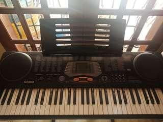 Casio CTK-531 Keyboard with stand (free songbook)