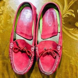 Tod's red slip on