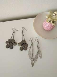 Chandelier dangling earrings