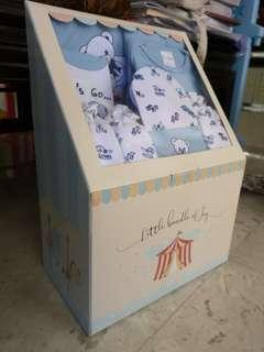 BNIB 8 pcs baby clothes
