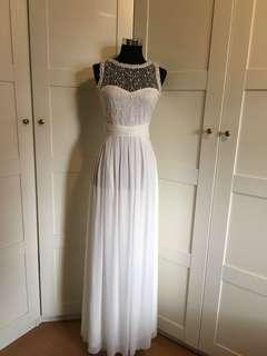 White gown/ white long dress/ white maxi dress/ lace white gown/ lace white maxi dress/ lace dress/embellished lace dress/ prom dress/ white dress