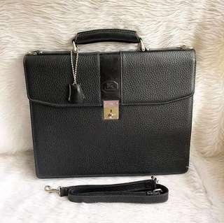 100% authentic burberrys document/laptop bag
