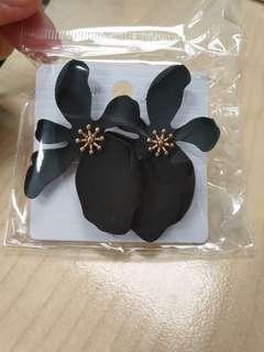 #MMAR18 Earring Flower Black
