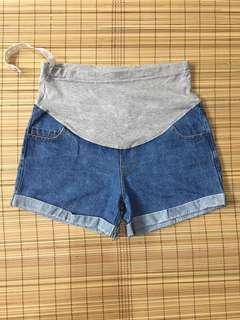 Maternity shorts 34 inches hipline