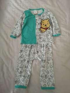 Winne the pooh baby pyjamas