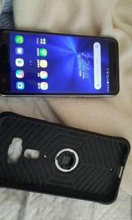 ASUS ZenFone 3 ZE552KL低價便宜求售