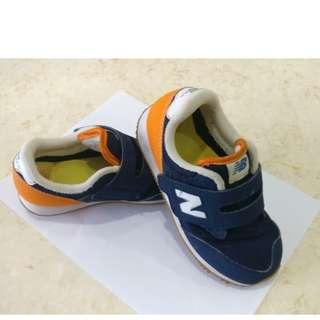 New Balance Kids KV820NVP shoes