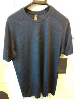 BNWT Lululemon Metal Vent Tech M