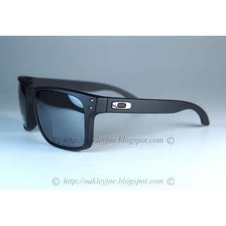2f89380295 BNIB Oakley Custom Holbrook Infinite Hero blue black + black iridium oo9102