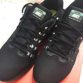 🚚 Nike 男款慢跑鞋US10號28cm