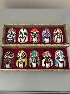 裝飾品一盒