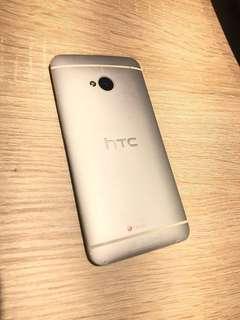🚚 htc(one)手機(很新少用)