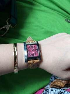 Tetonis Authentic jam tangan