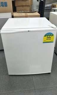 LG 46L fridge