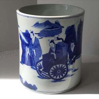 Qing blue n white porcelain brush-pot painted with continuous scene historical novel figures