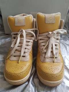 Nike Boots Original Yellow