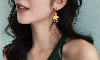 Anting Yellow Flower Buds