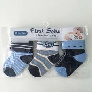 BNIB 3 Pairs Lucky Baby's First Socks 0-6 months