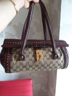 Gucci Authentic handbag Maroon