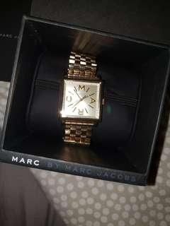 Marc Jacob's watch( gold )