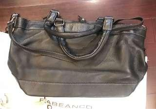 $480[👜💯%New and Real, 全新及正品 ] Rabeanco Leather Black Hand bag(with strip) /黑色真皮手袋 (有附肩帶)