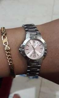 Dijual jam tangan wanita