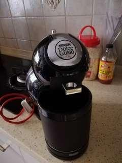 Wts: Nescafe Dolce Gusto (Delonghi)
