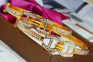 🚚 916 Gold Bangle