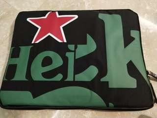 new simple Heineken Laptop Case Pouch