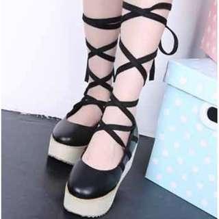 【現貨+預購】AT - 女品(746):皮革*綁帶~厚底鞋/女鞋(尺寸:35-39碼/高度:約6公分/防水台:約5.5公分/重量:約0.7KG)_免運。
