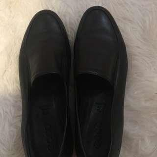 Ecco shoes authentic leather