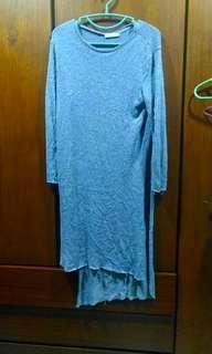 🚚 Zara灰色針織不規則長版上衣