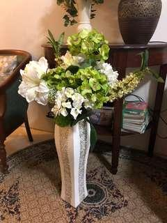 Flowers with ceramics pot