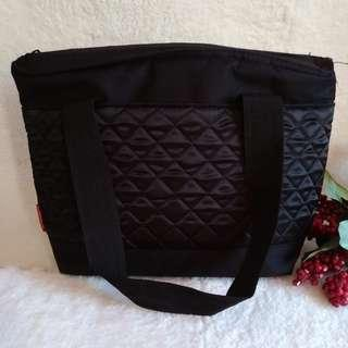 COLEMAN Black Quilted Insulated Tote Bag