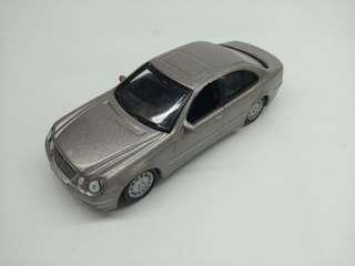 HIGH SPEED MERCEDES BENZ S CLASS DIE CAST TOY CAR