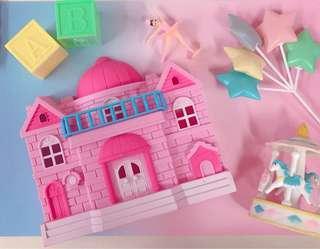 🚚 夢幻小公主城堡 可愛小房子擺件 拍照道具 粉紅粉藍背景道具 彩虹小馬 Care Bears 少女心爆棚 軟萌小物