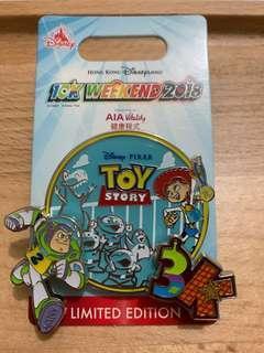 Toy story Disney pin 迪士尼可轉襟章 2018 10k Disney run limited edition