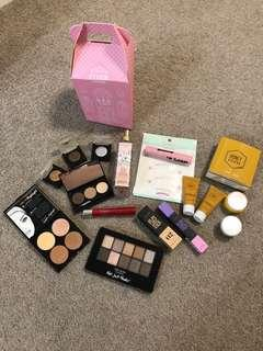 Beauty Surprise Box