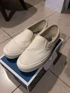 Vans OG Classic Slip on White