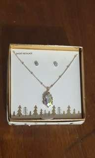 Lovisa Necklace and Earring Set