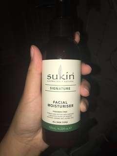 Sukin facial moisturizer