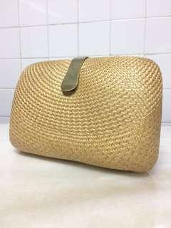Retro vintage woven clutch handbag