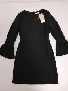 Boutique black v neck trumpet sleeve dress - S
