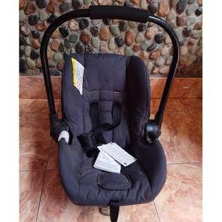 Mothercare vio switch car seat
