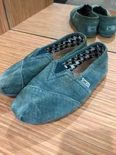 TOMS Classic Teal Stonewash Corduroy Slip-On Shoes