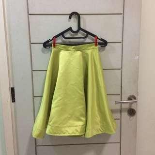 Neon Ruffle Ballon Skirt