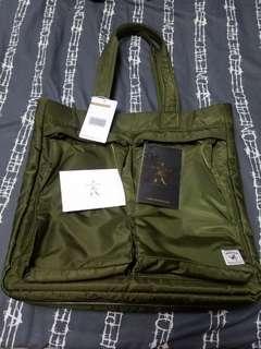 Porter International軍綠色手挽、側揹、斜揹三用袋